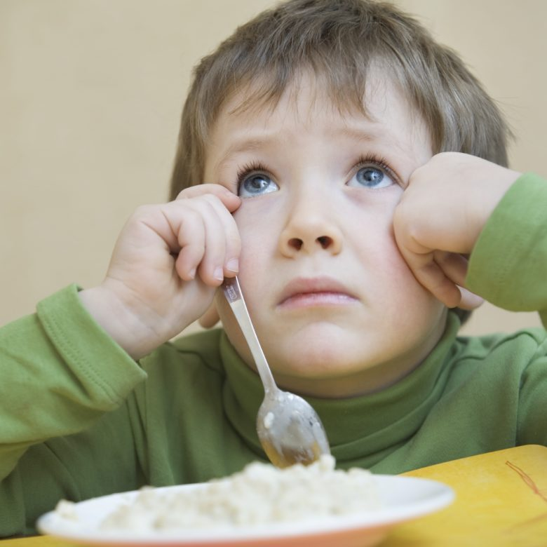 Seletividade Alimentar: Como a fonoaudiologia lida com Criança que não come!